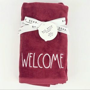 Rae Dunn Holiday Hand towels 2 pk WELCOME
